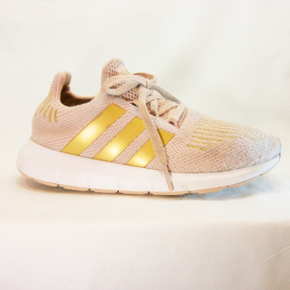 53c0b3f48fbb adidas Other - Adidas Girls 2 Sneaker Pink Gold Tennis Shoes